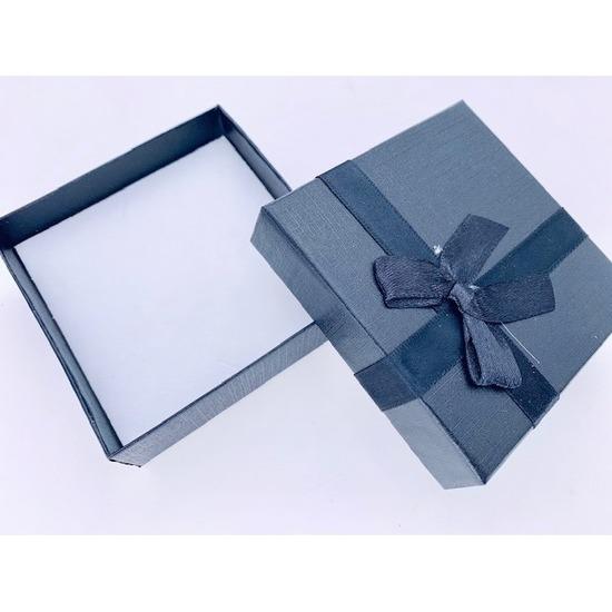 2x sieradendoosjes cadeaudoosjes zwart 9 x 9 cm